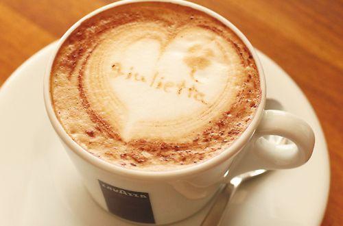 まるでCAFE…?!!<br>ドリンクメニューがあり、CAFEのようなお洒落なサロンタイム。充実のドリンクメニューが嬉しい!!