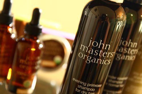ノンシリコンタイプのヘアケア商品『ジョンマスター』も取扱っております。<br>人と自然に優しいナチュラルビューティーを創造する、本物のオーガニックのシャンプー&コンディショナー『ジョンマスター』で髪と頭皮を健やかに!